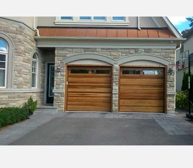 Garage door service mississauga brampton toronto repair for Residential garage door repair